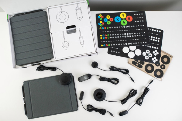 logitech-accent-package-makes-the-xbox-adaptive-controller-much-more-accessible