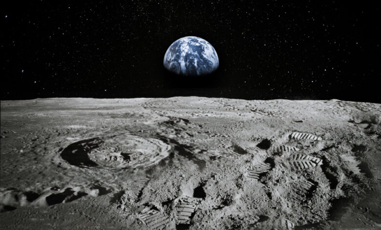 nasa-will-pay-private-companies-to-collect-moon-dirt-samples
