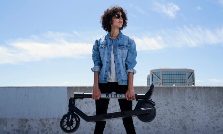 bird-releases-more-affordable,-foldable-air-electric-scooter-for-$599